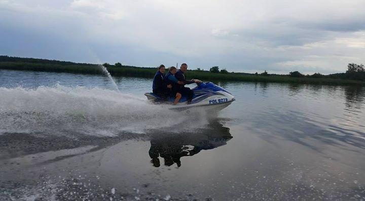Funwater.pl bawimy się na skuterach. Zapraszamy !